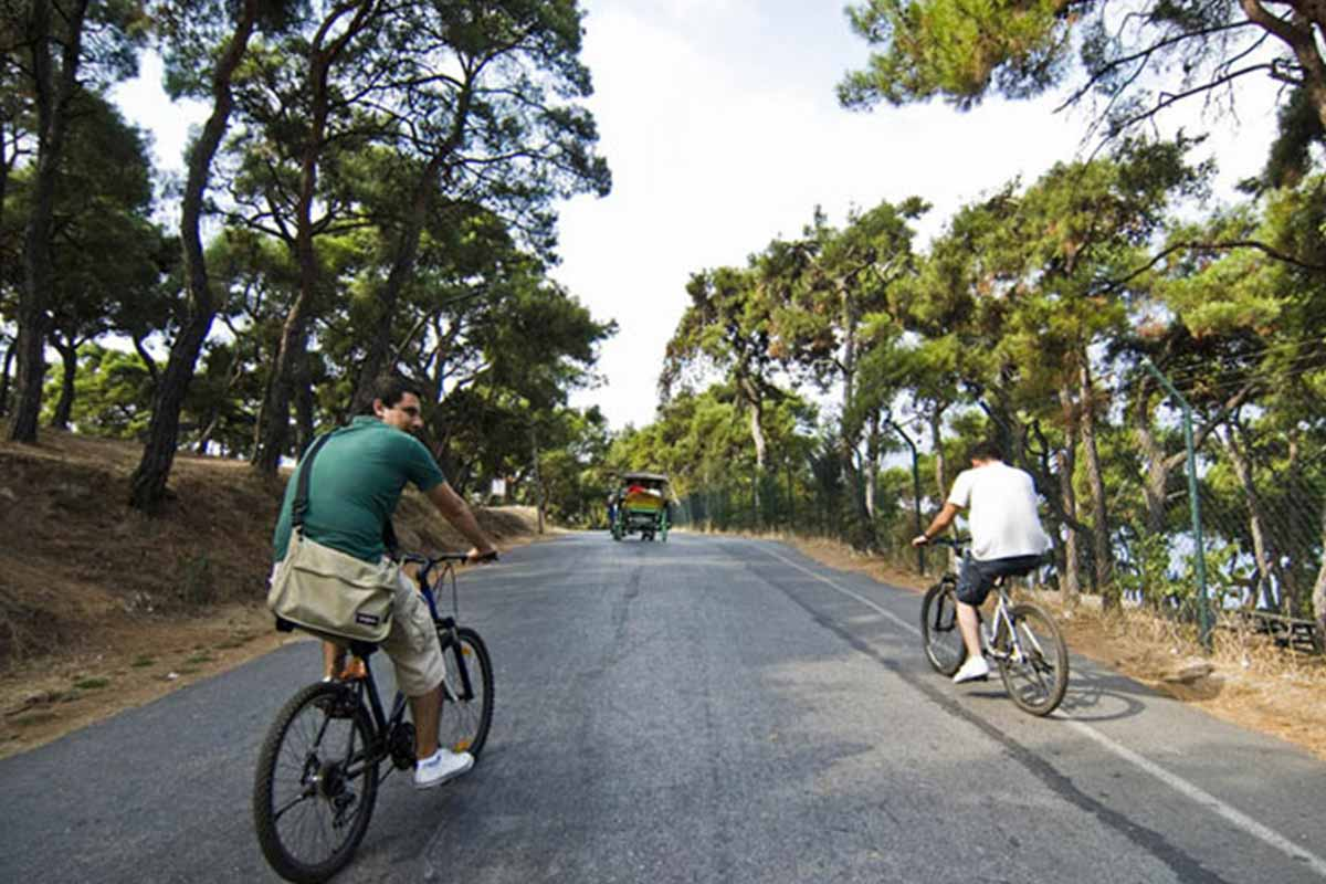 دوچرخه سواری در جزایر پرنس ۴