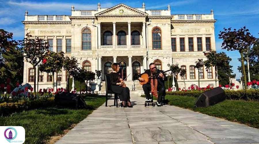 اجرای نوازندگان سرشناس ترکیه در استانبول