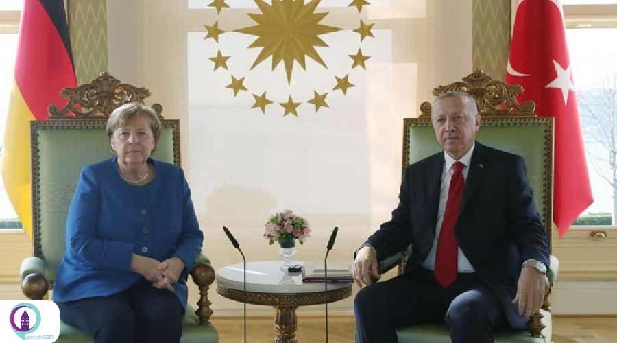 بررسی راهکارهای مبارزه با کرونا در گفتگوی تلفنی اردوغان و مرکل