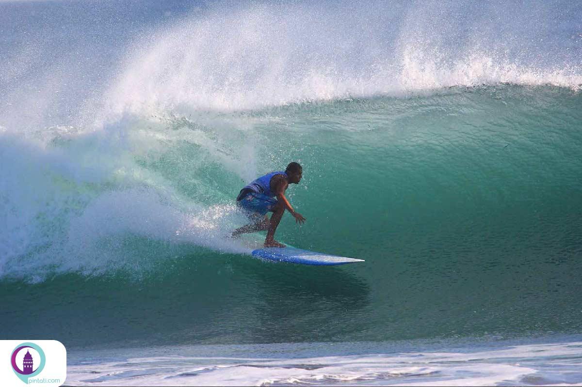 ElSalvador-surfing-pintati