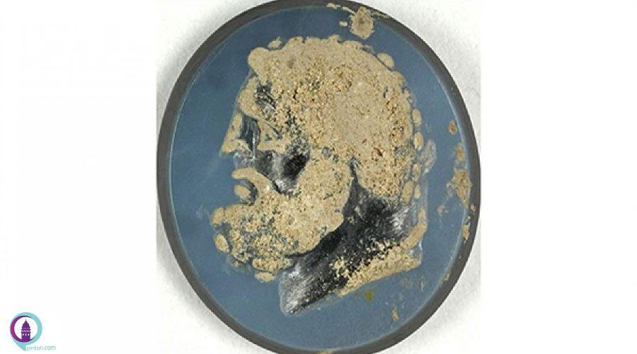 یک سنگ انگشتری گرانبها در آنتالیا کشف شد