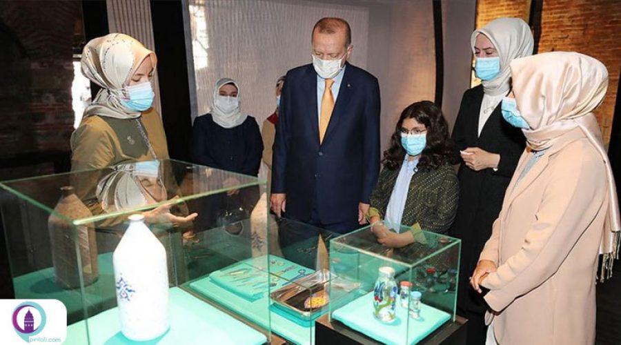 """نمایشگاه """"اینگونه زباتر هستی"""" و بازدید اردوغان از آن"""