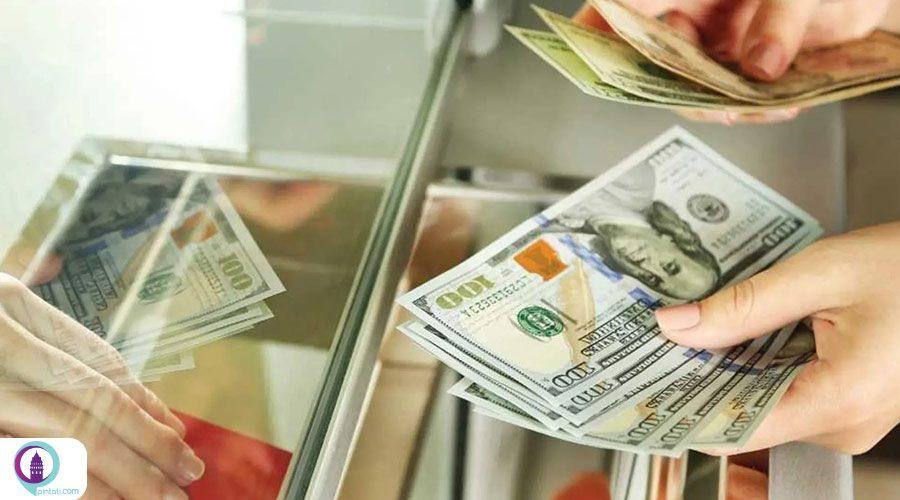مراجعه به صرافی و تبدیل ارز در استانبول
