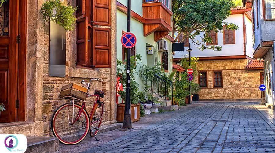 فاصله استانبول تا آنتالیا چقدر است