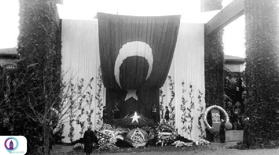 انتشار عکسهایی از خاکسپاری آتاتورک