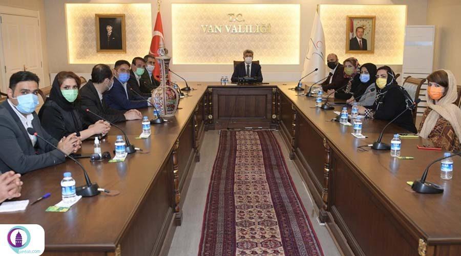 دیدار استاندار وان با هیئت تجاری ایران در ترکیه
