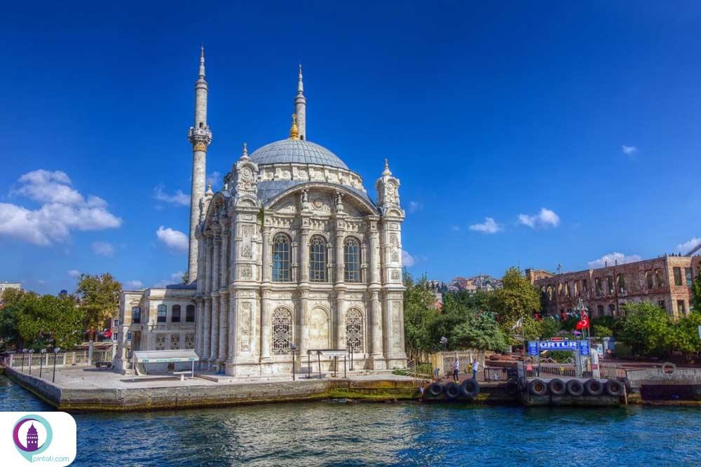 مسجد اورتاکوی یکی از جاذبه های بشیکتاش