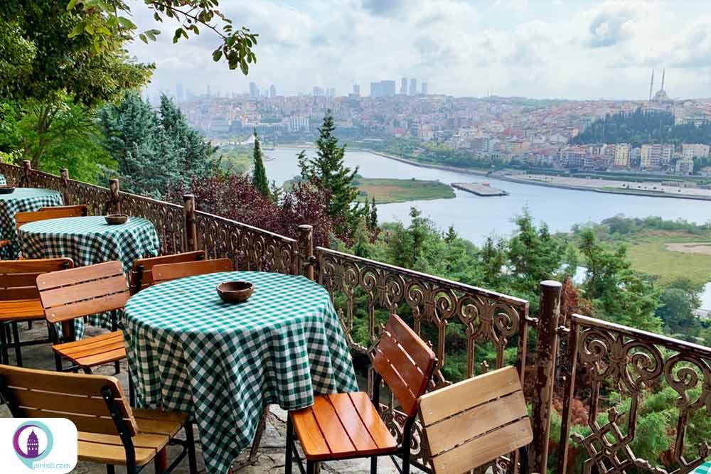 تپه عشاق از لوکیشنهای رومانتیک استانبول