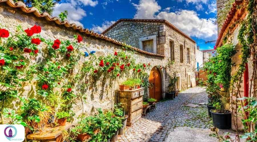 الاچاتی شهری به زیبایی یک رویا